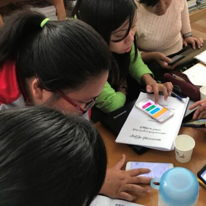 Teachers using LessonApp to plan lessons