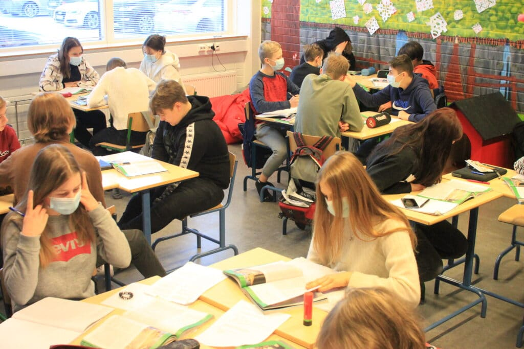 Pedagogy for large groups Finnish education online course